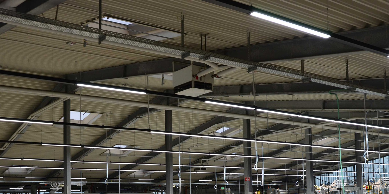 Plastic profiles in industrial halls